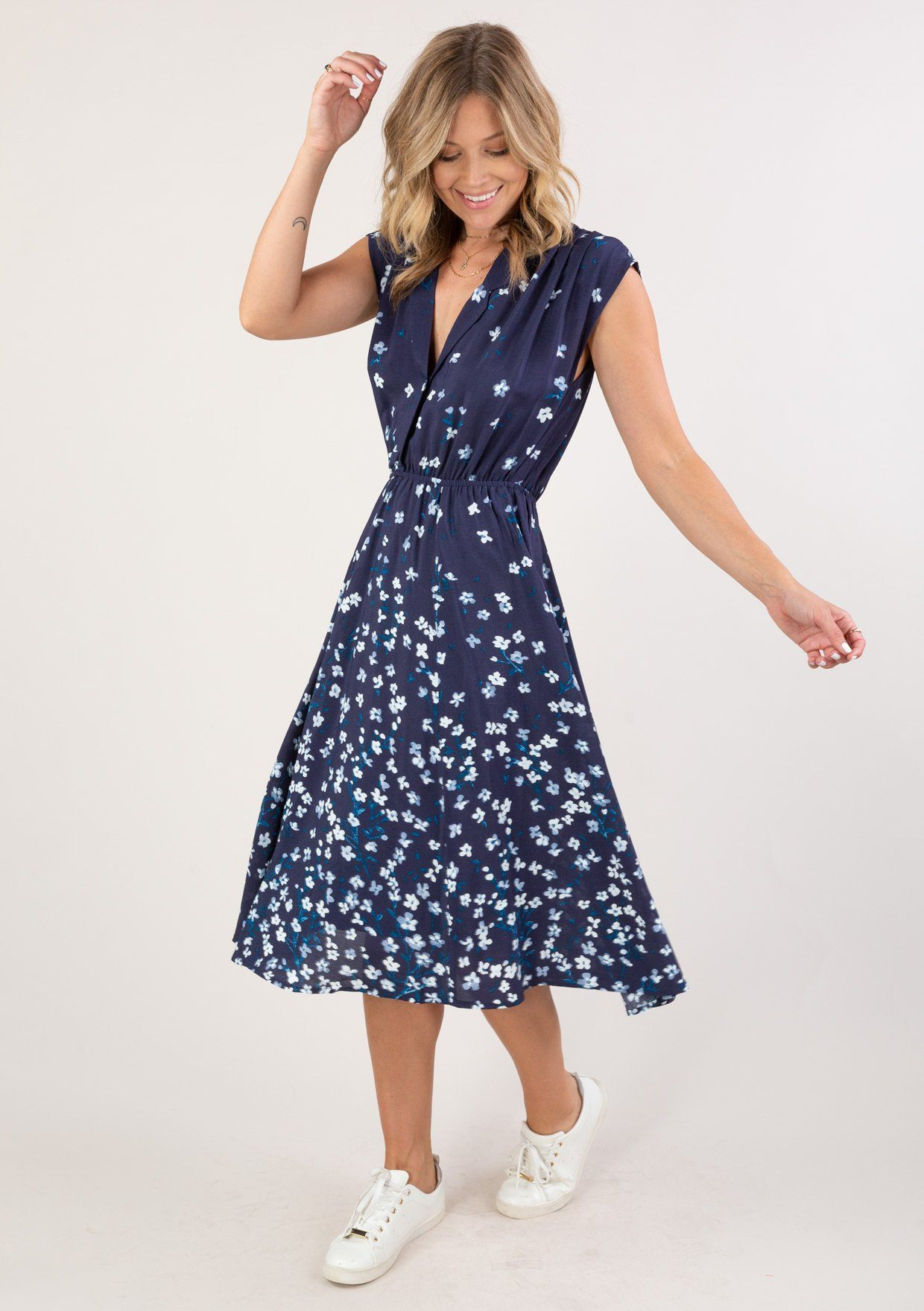 [Color: Navy Turquoise] Swing into Summer with this ultra pretty floral midi dress.