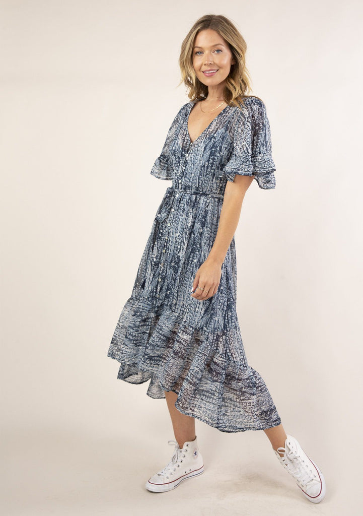 [Color: Navy Blue] Gorgeous and flowy boho maxi dress in an abstract feather print. Features a high low hem.