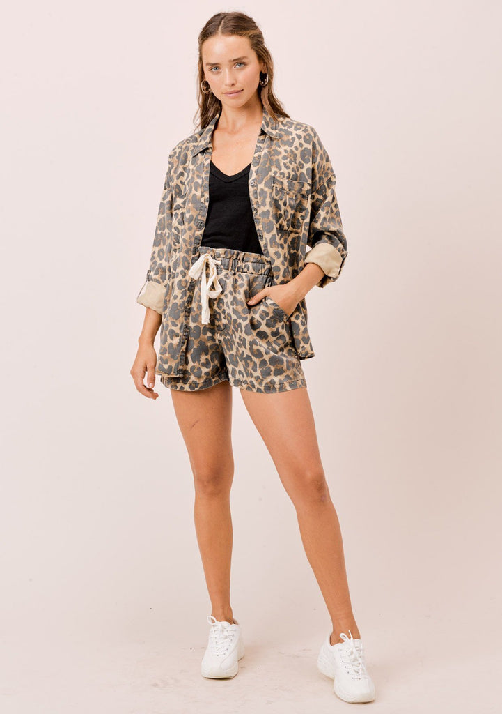 [Color: Cheetah] Lovestitch cheetah printed, tencel jogger shorts with side pockets