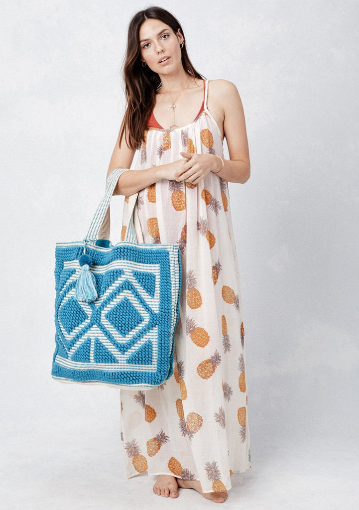 [Color: Turquoise] Lovestitch oversized, double diamond patterned, carpet beach tote