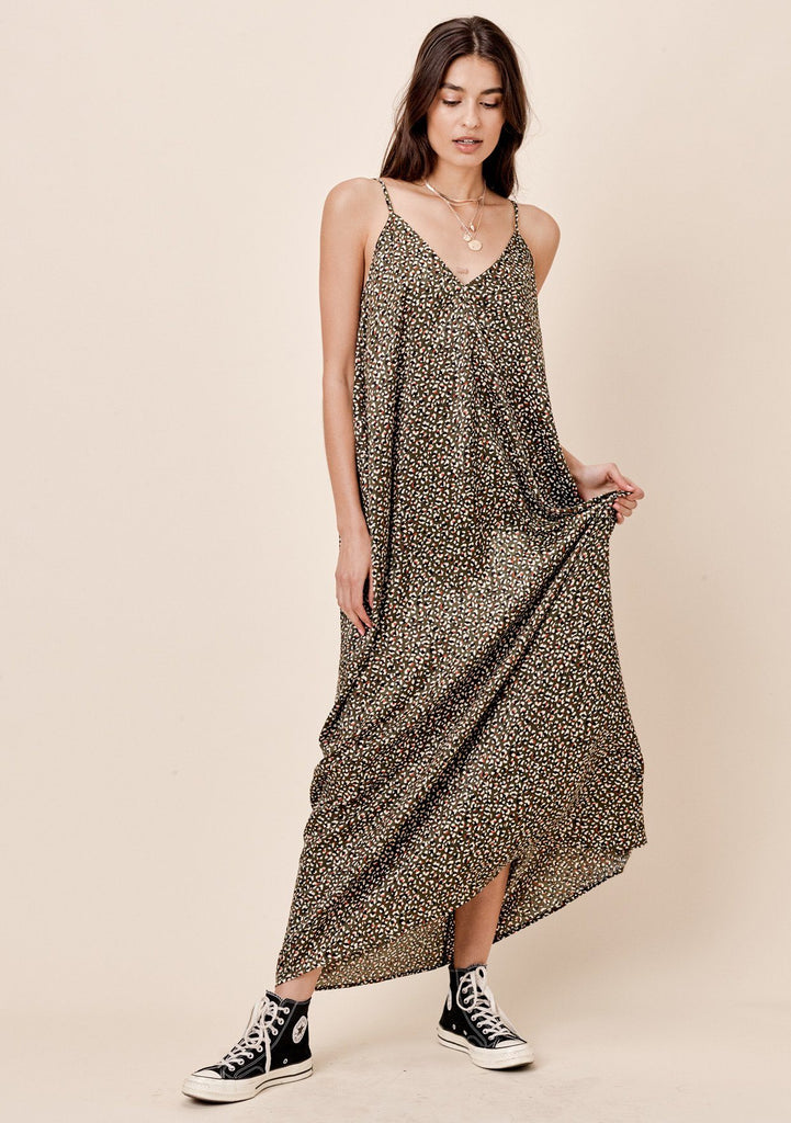 [Color: Olive Multi] Lovestitch billowy, leopard printed, cocoon maxi dress with side pockets.