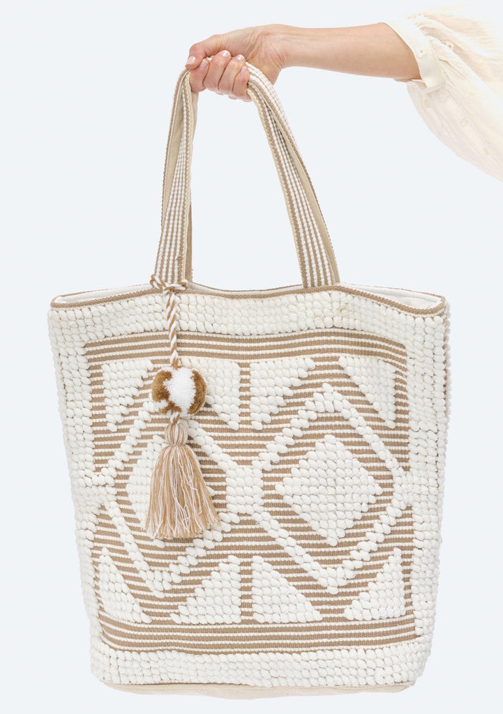 [Color: White/Taupe] Lovestitch oversized, double diamond patterned, carpet beach tote