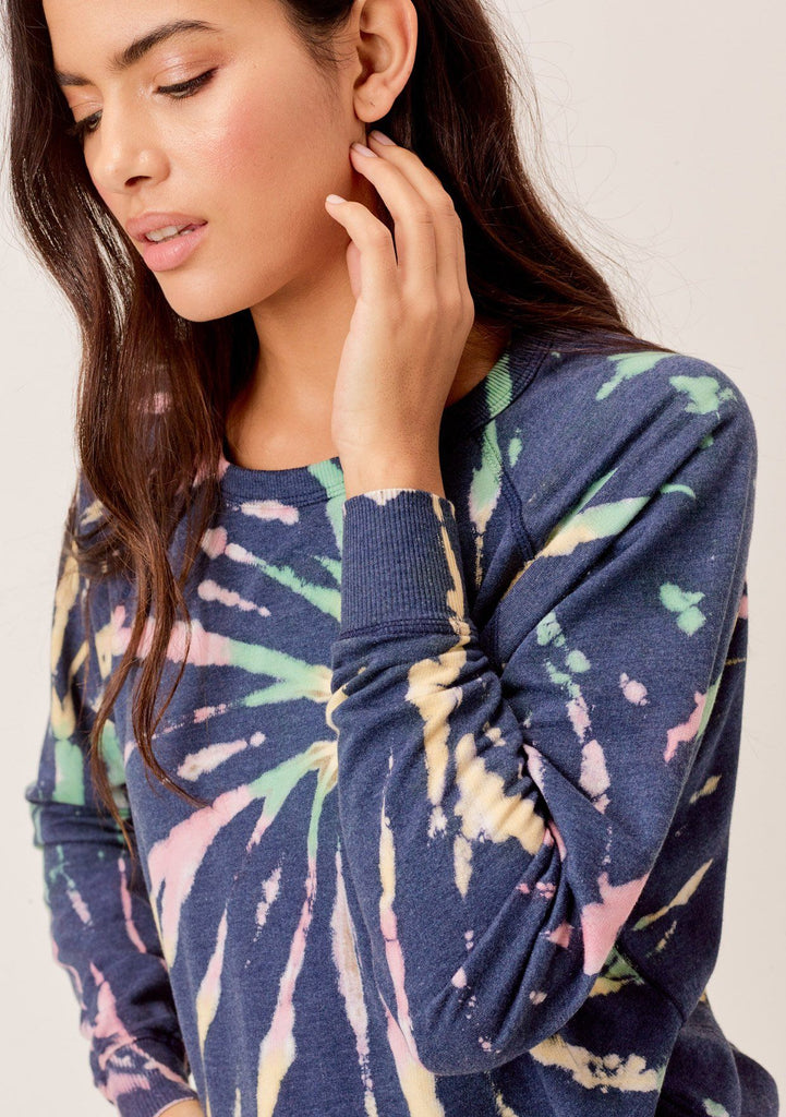 [Color: Navy Multi] Lovestitch navy multi butterfly wash, tie dye, crewneck pullover