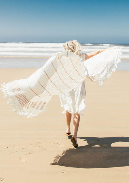 Seashell Fringe Beach Throw