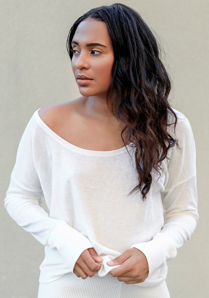 [Color: White] Lovestitch lightweight thermal long sleeve yoga shirt with a cute twist back detail
