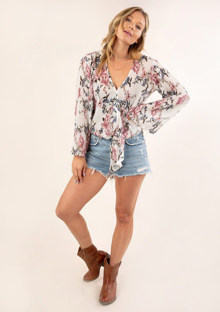[Color: Ivory Orchid] Gorgeous vintage floral print top. Featuring a flattering v neckline.