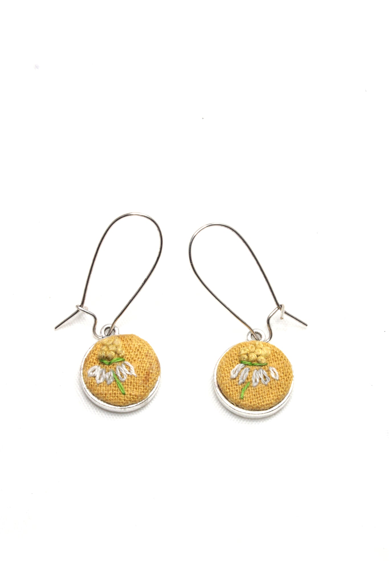 Embroidery Earrings - Chamomile