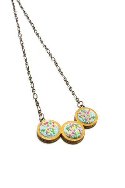 Embroidery Necklace - Flower