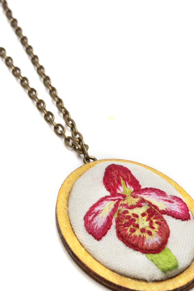 Embroidery Necklace - Orchid | On Sale