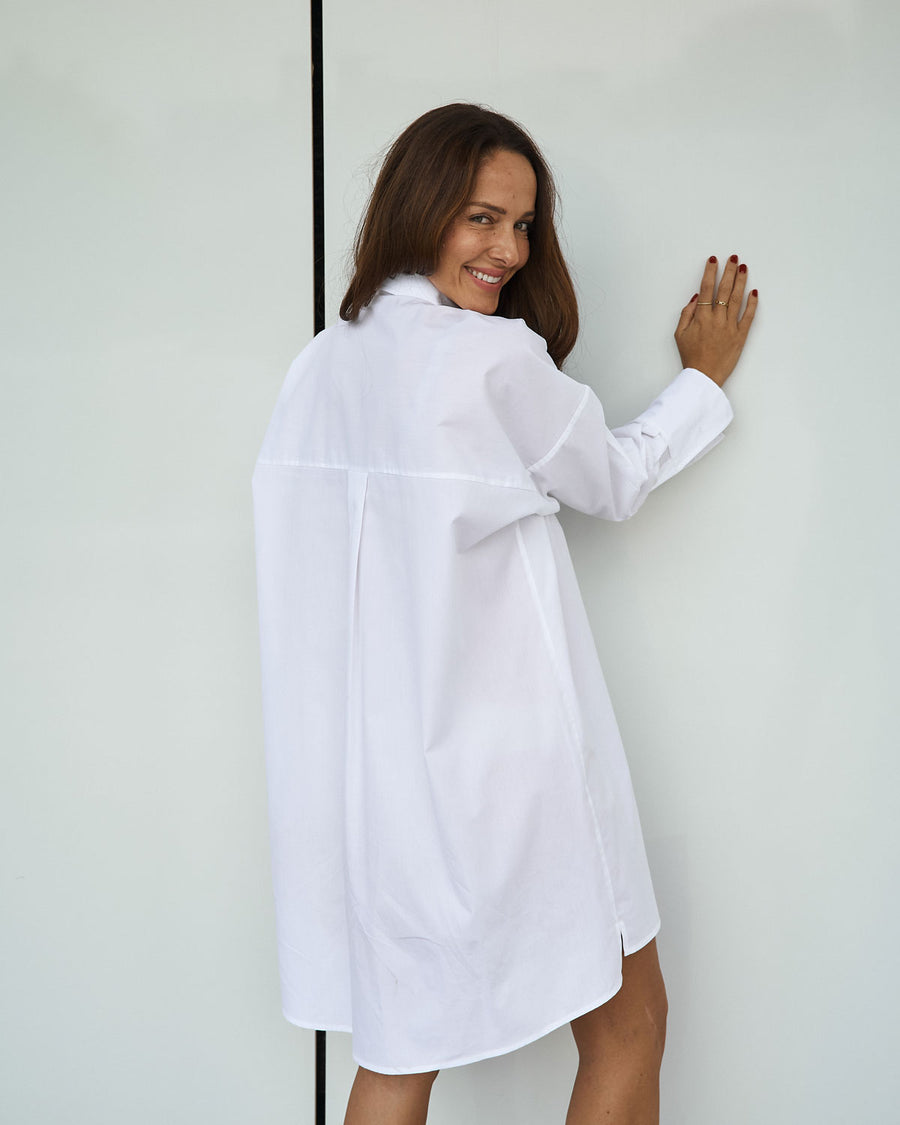White Organic cotton Shirtdress back view EMILIA OHRTMANN