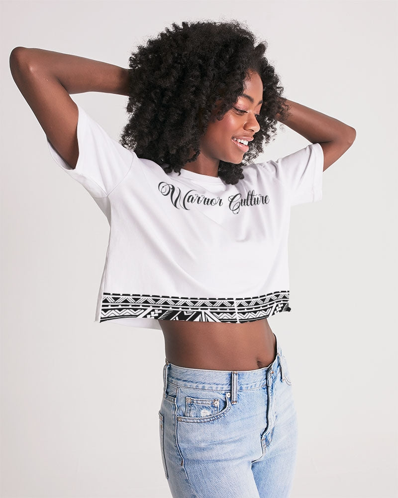 Mālofie - Women's Lounge Cropped Tee
