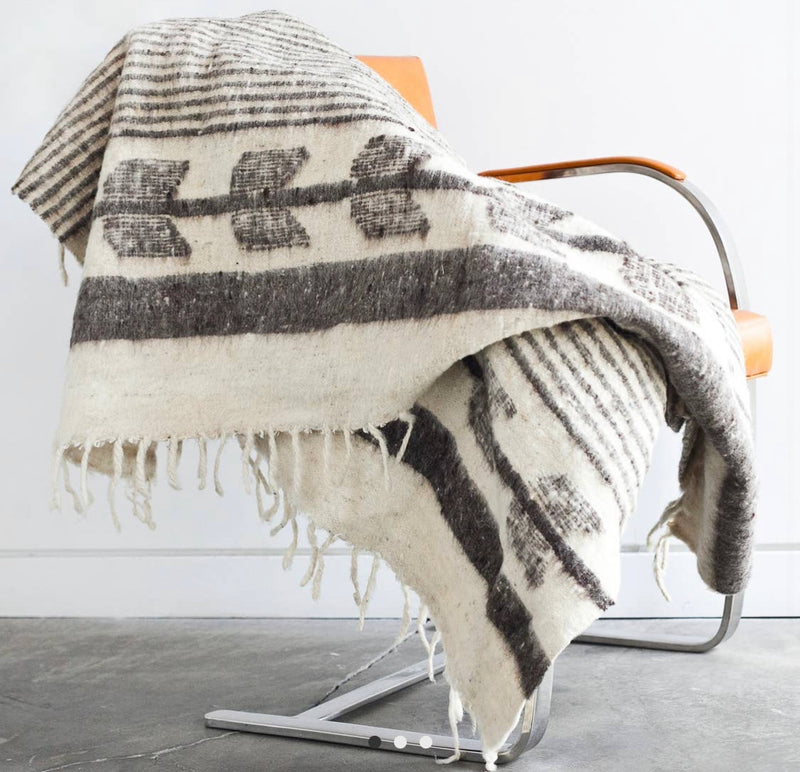 Steamboat Throw