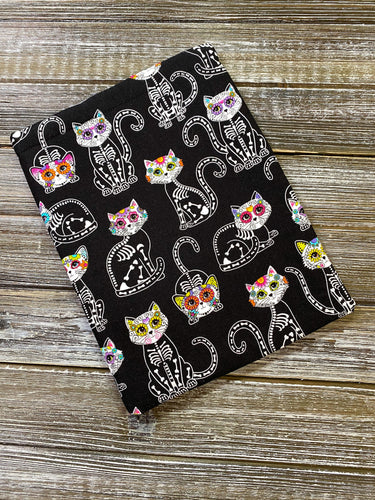 Cat Sugar Skulls on Black Book Nerd Gift Fleece Padded Book Sleeve | Book Pocket | Protective Book Bag | Book Pouch