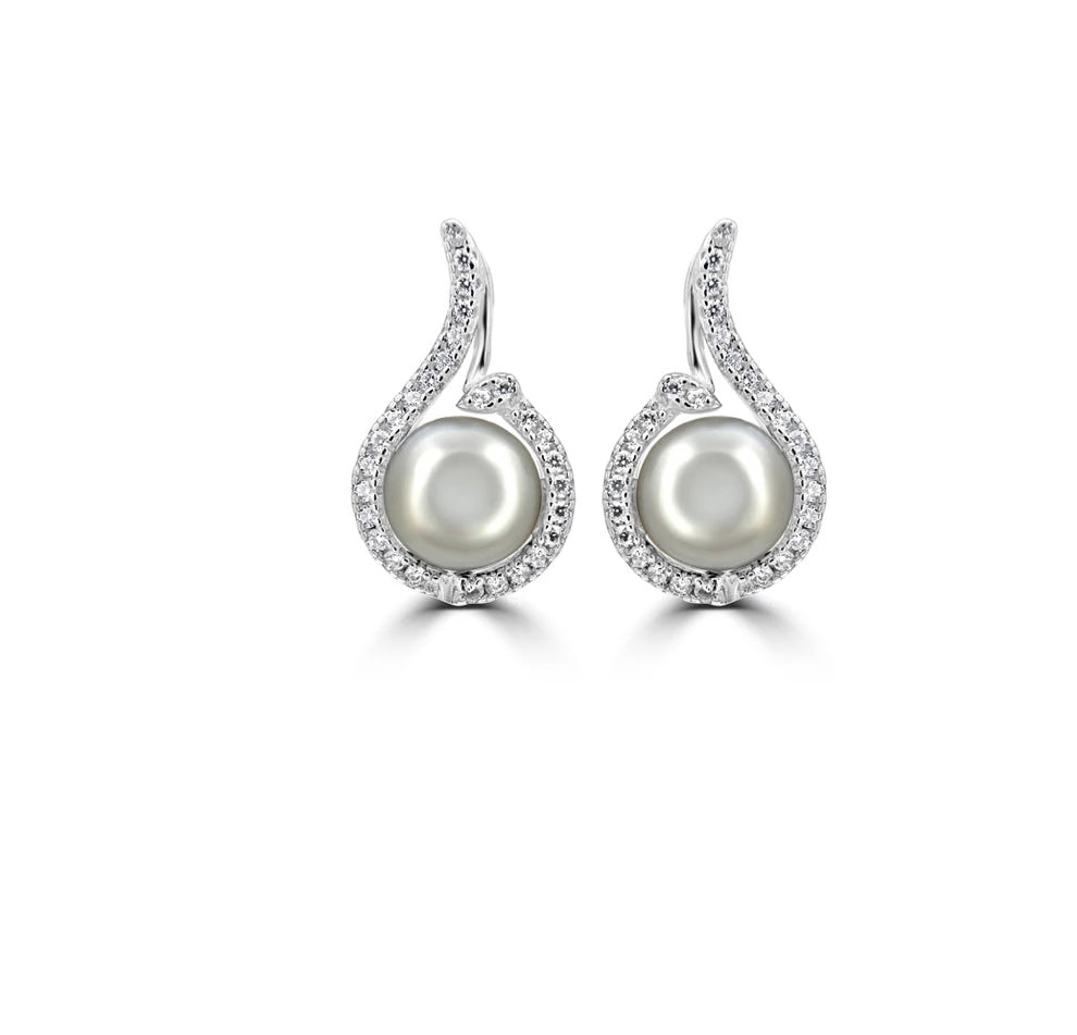 Sterling silver freshwater pearl teardrop earrings