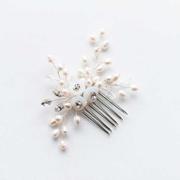 Tiana Pearl and Crystal Comb