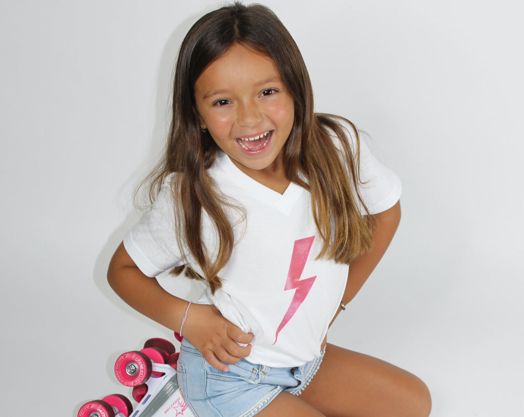 Girls lighting V-neck tee