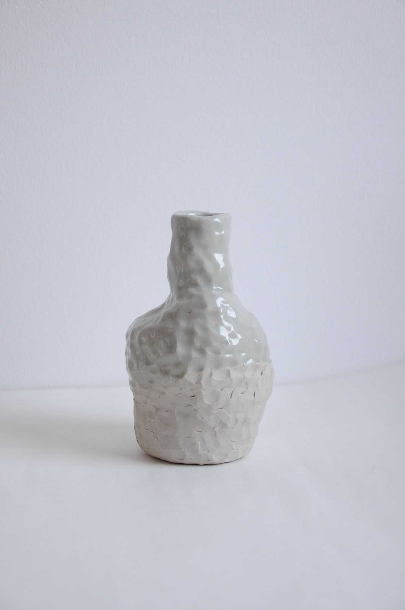 Vase with coiling technique by Krisztina Serra