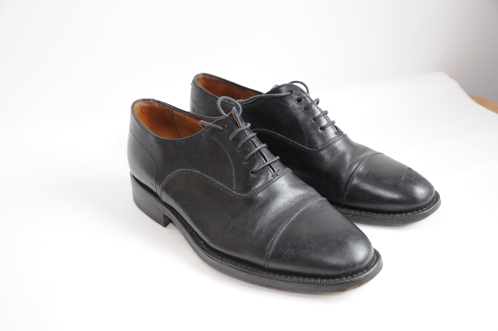 Oxford leather shoes / EU 37