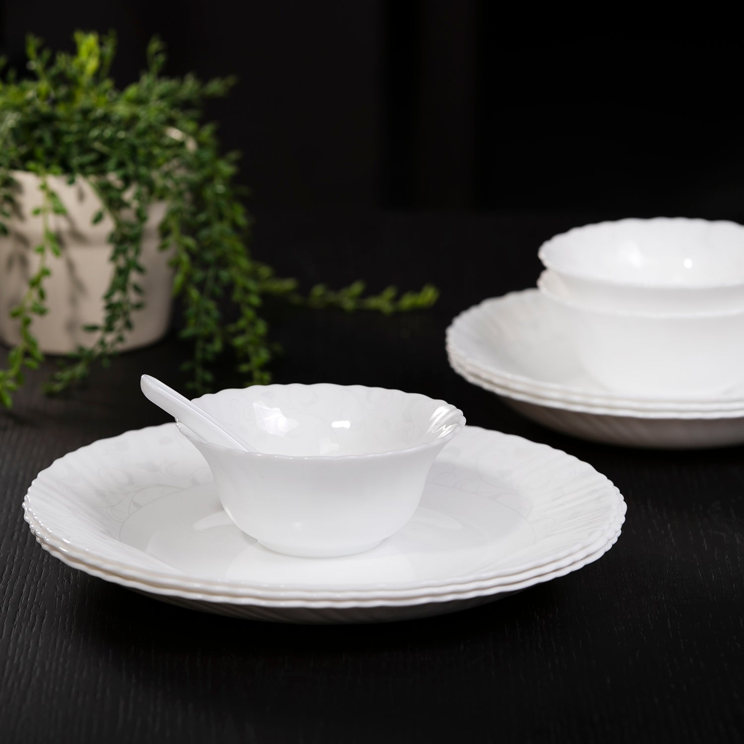 Royalford 82 Piece Dinner Set Flora Series, Wave Shape Cream White Porcelain Dinner Set, Temperature Resistant, Durable and Stylish Dining Set