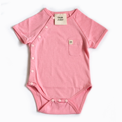 our joey organic short sleeve bodysuit pink