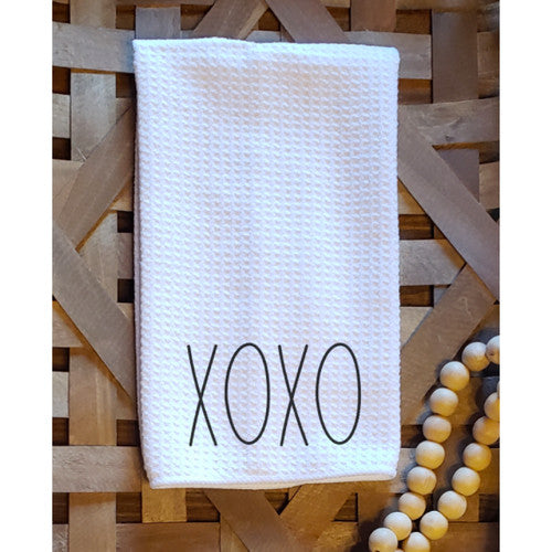 Dunn-inspired dishtowel - XOXO