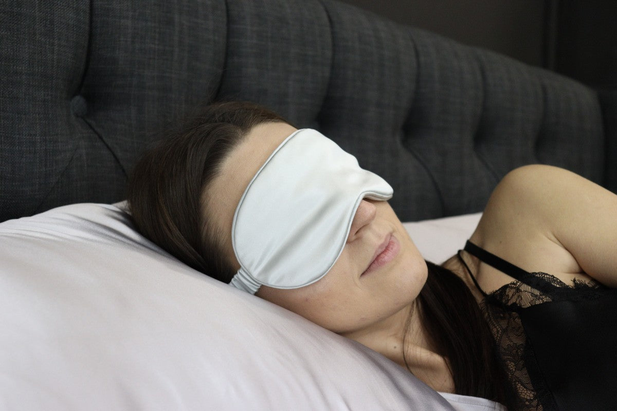 Silk sleeping mask Dreamwithus premium 22 mm - Silver