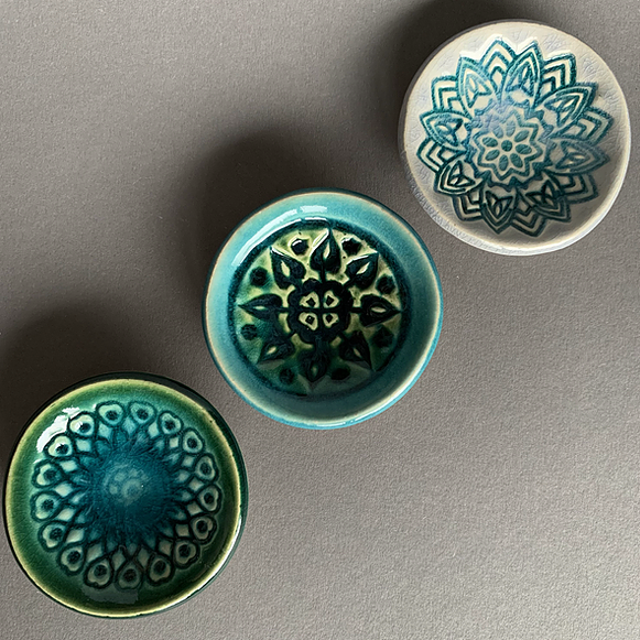 Trio Of Mini Dishes: Green/Blue
