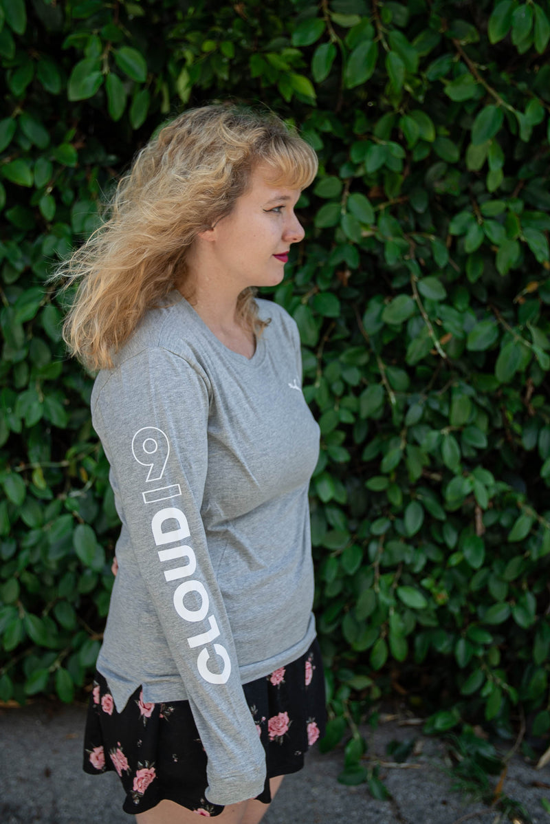 Puma x Cloud9 Level Up Long Sleeve Tee. Womens. Grey.