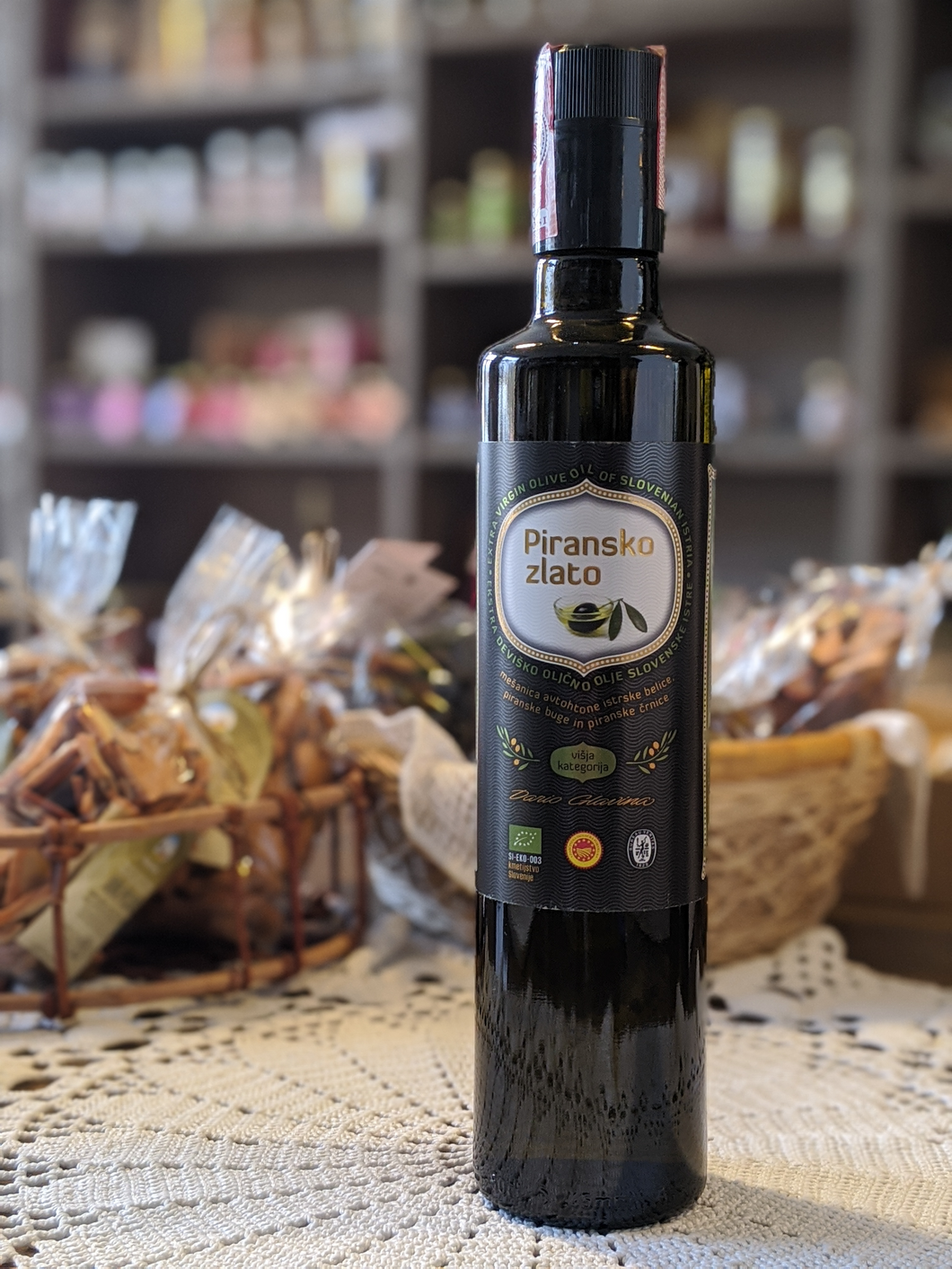 Extra virgin olive oil of Slovenian Istria 500ml, 100ml - protected designation of origin