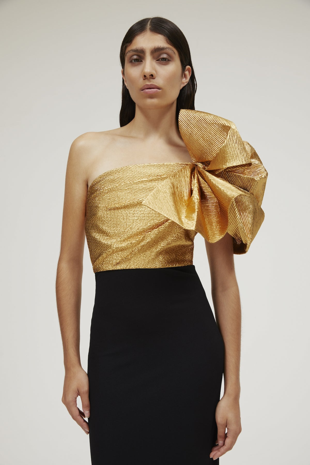 The Iyana Dress Gold & Black