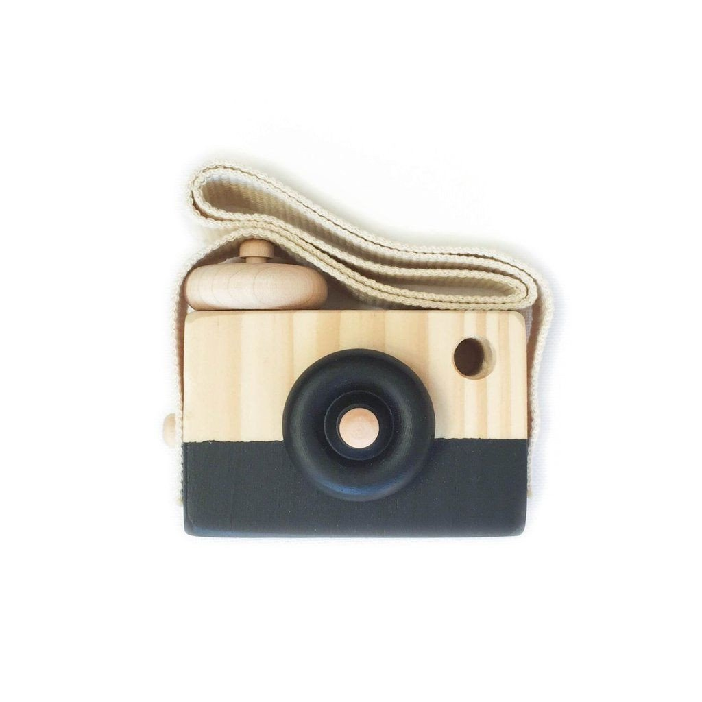 Lusso Wooden Toy Camera in Black Ace