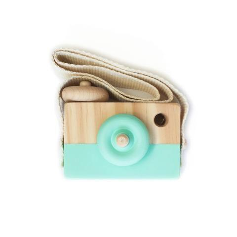 Lusso Wooden Toy Camera in Mint Fresh
