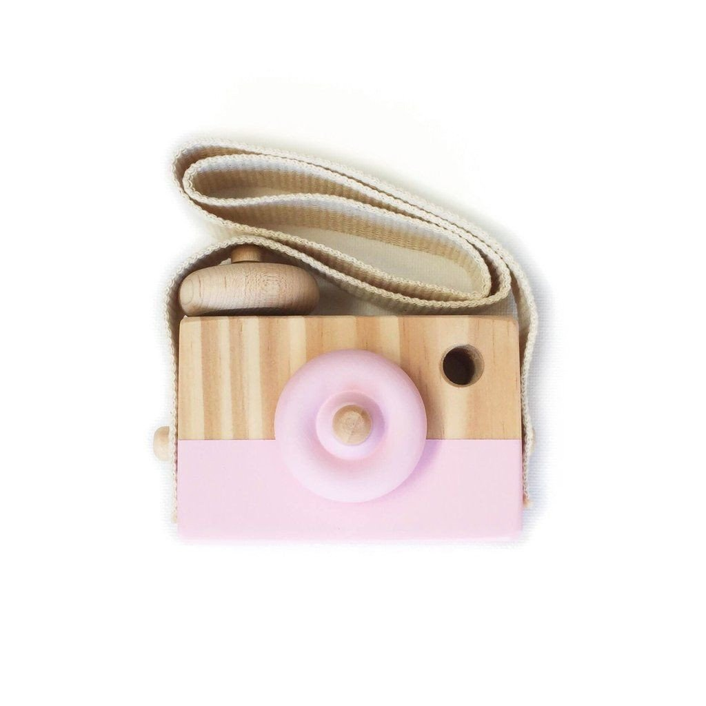 Lusso Wooden Toy Camera in Fuchsia Falls