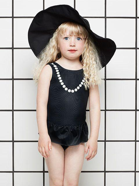 The Tiny Universe Sunhat in Black