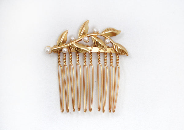 Single Twigs & Pearls Hair Comb.