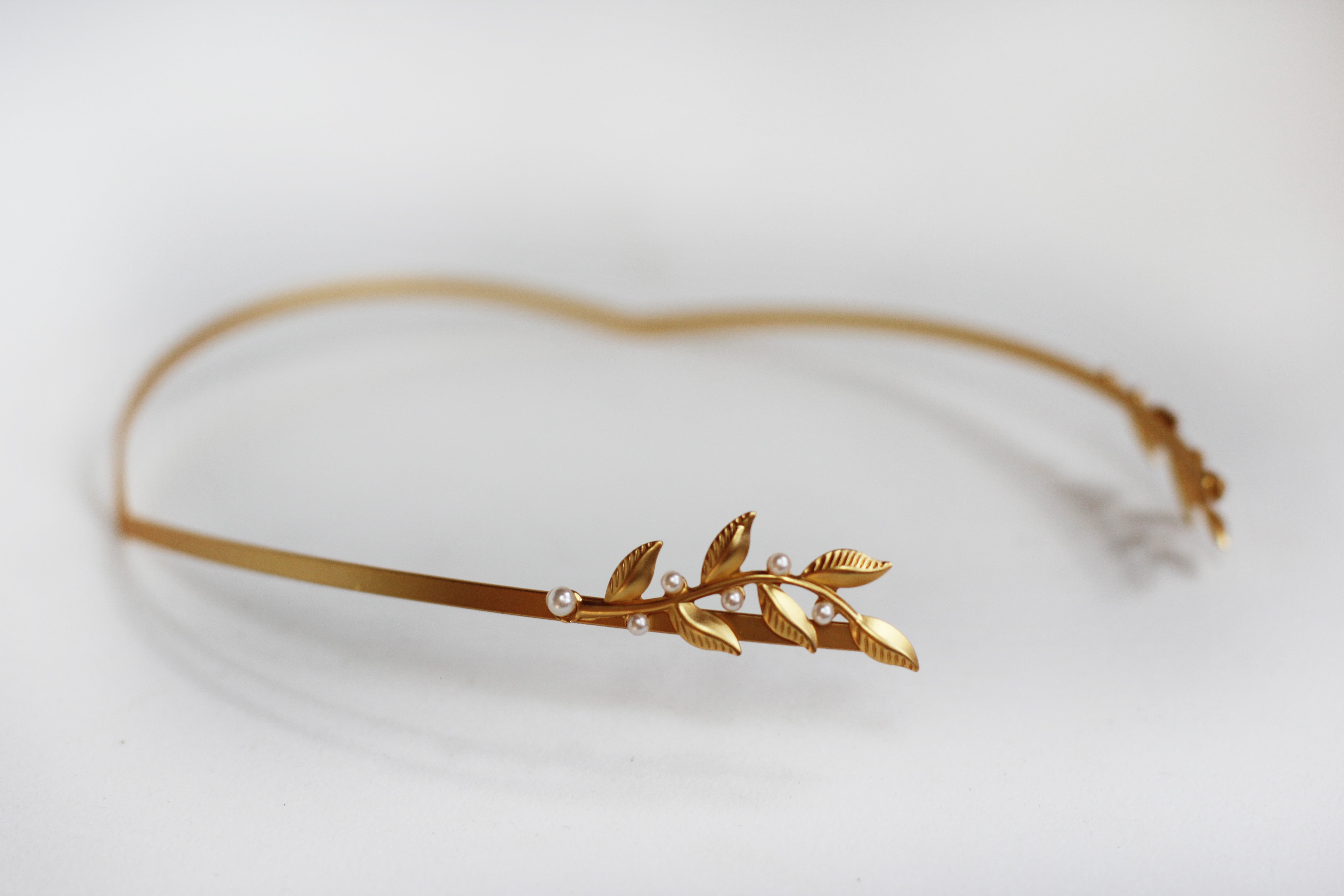 Single Twigs and Pearls Goddess Headband.