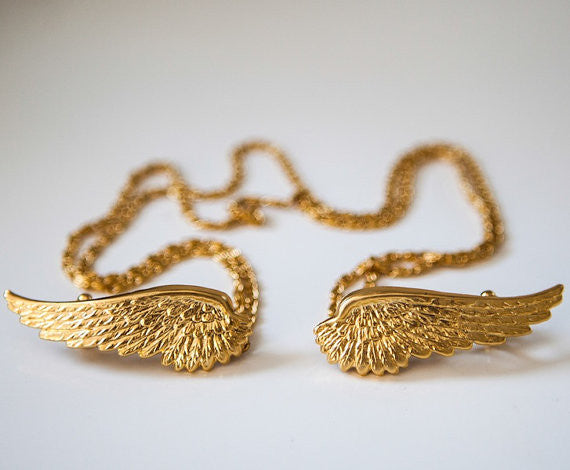 Medium Angel Wings Hair Chain