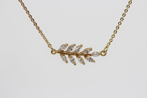 Full Crystals Leaf Necklace