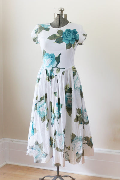 Vintage White Large Blue Flowers Carol Anderson Dress