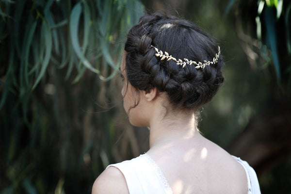 Venus Twigs & Pearls Wreath- Discounted Version