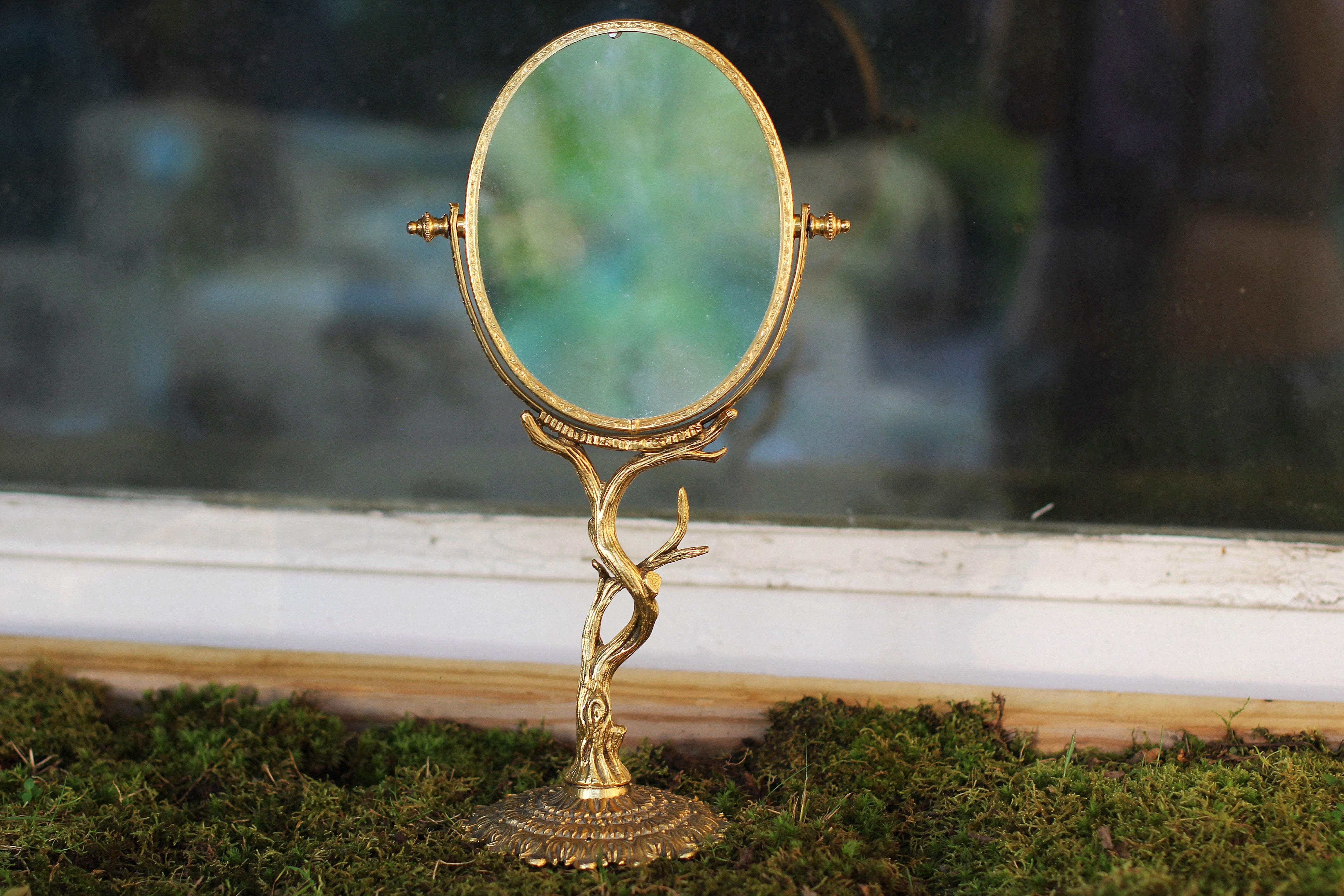 Vintage Stylebuilt Branch Vanity Pedestal Mirror Double Sided Magnifier