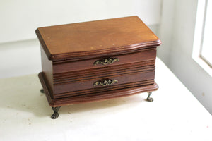 Antique Wood Lion Claw Feet Jewelry Box