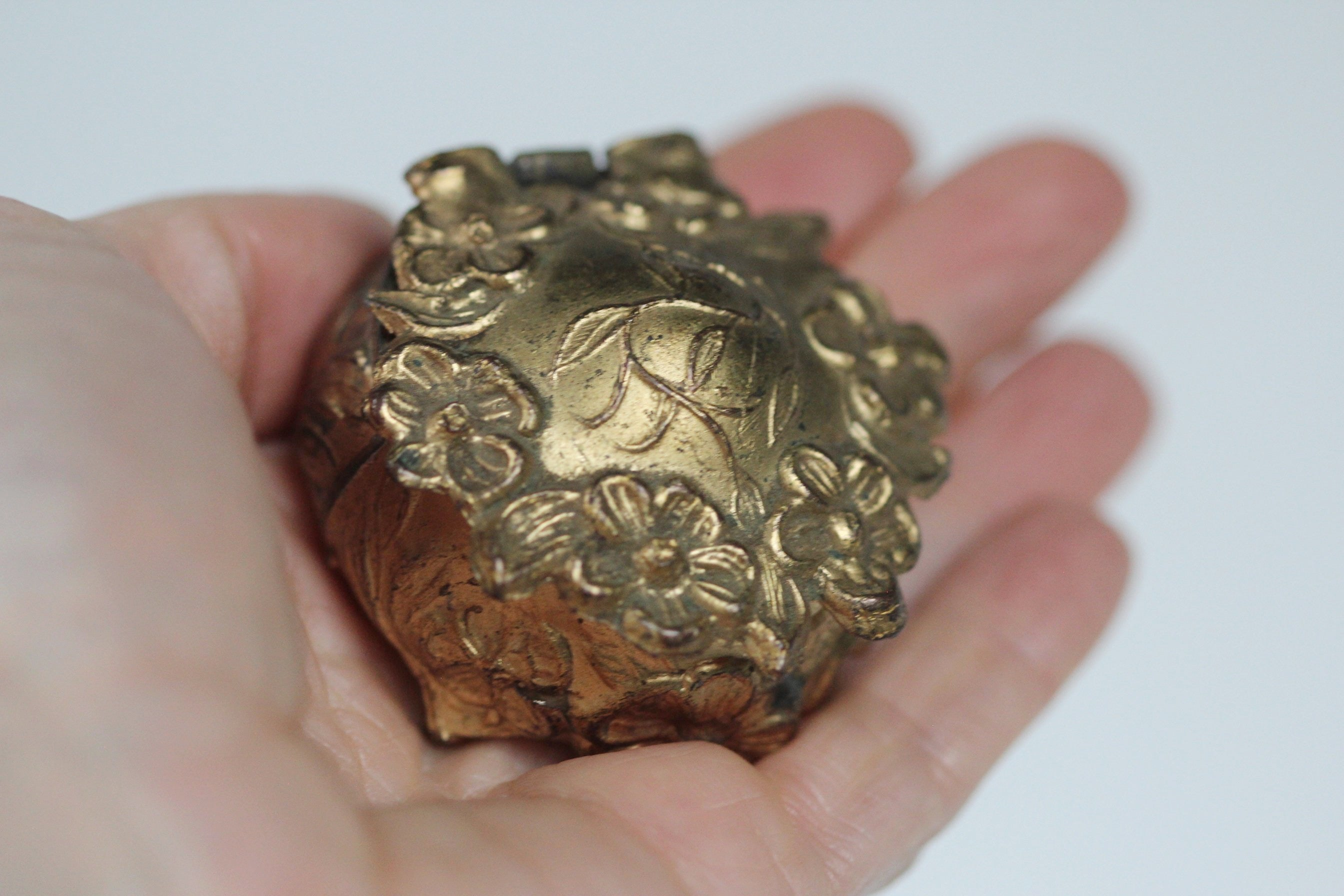 Antique Miniature Art Nouveau Jewelry / Ring Box