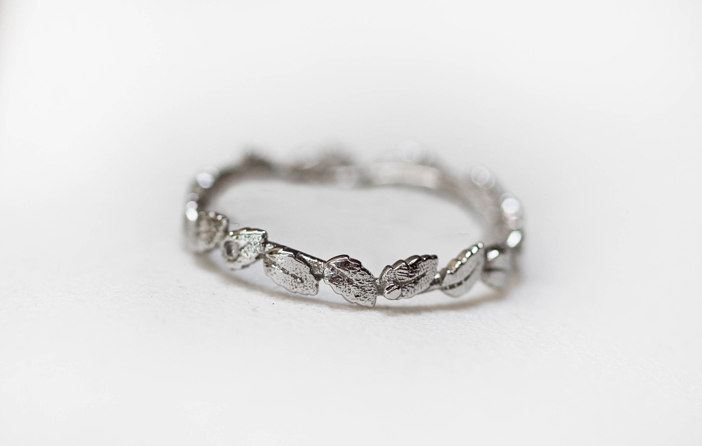 Laurel Wreath Diamonds Ring
