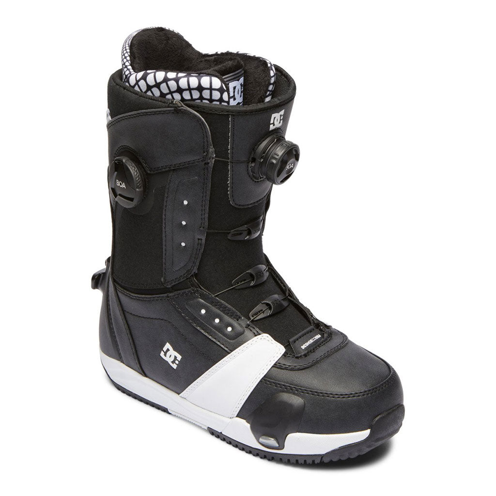 DC 2021 Lotus Step On Boots - Black/White