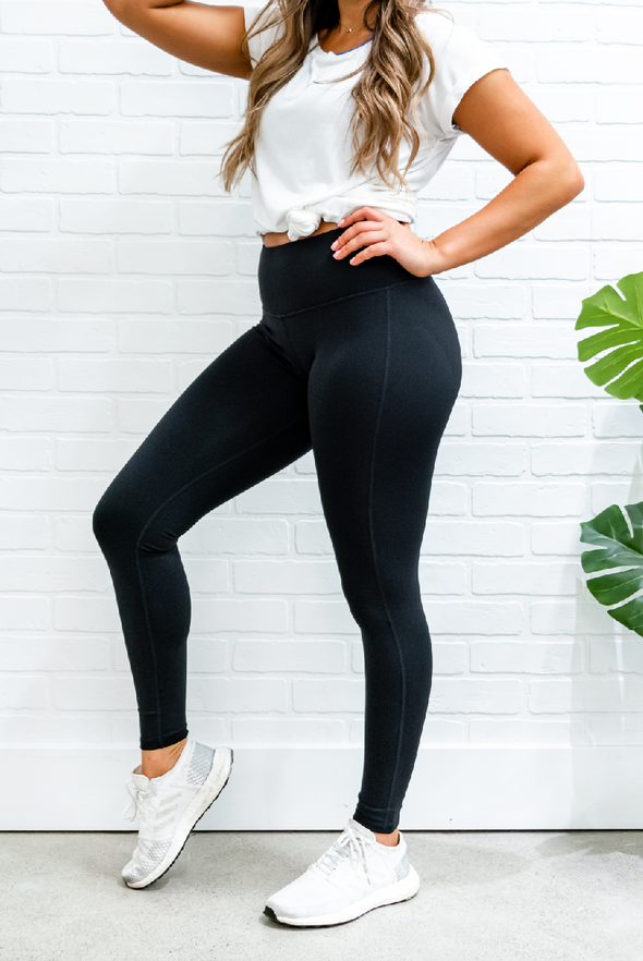 Ultra Essential Black Leggings