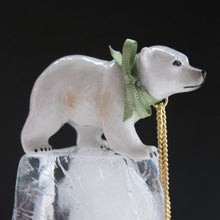 Load image into Gallery viewer, Polar Bear Neclace
