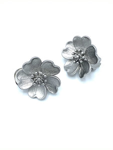 Dogwood Clip Earrings