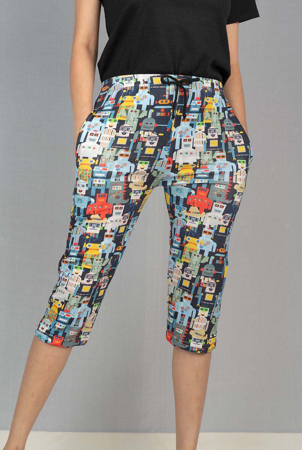 Multi Icon Printed Capri
