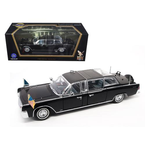 1961 Lincoln X-100 Limousine Quick Fix with Flags 1/24 Diecast Model Car by Road Signature F977-24078